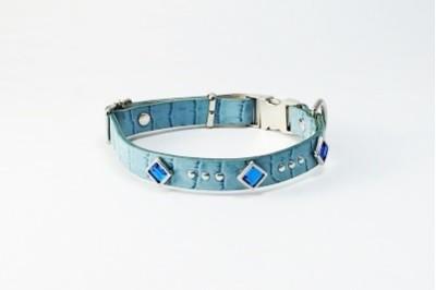 犬の首輪ka011【ワンタッチ首輪】ka011本革ブルー角カットストーン 小型犬(SS・S・MS)